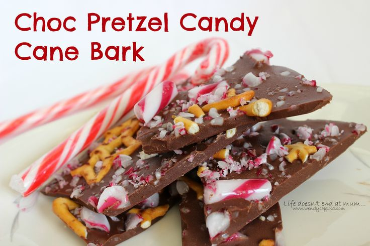 Choc Pretzel Candy Cane Bark - www.wendycoppola.com
