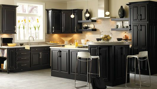 Black: Paintings Kitchens Cabinets, Kitchens Design, Dark Cabinets, Black Cabinets, Black Kitchens Cabinets, Kitchens Ideas, Cabinets Ideas, Kitchencabinet, Kitchen Cabinets