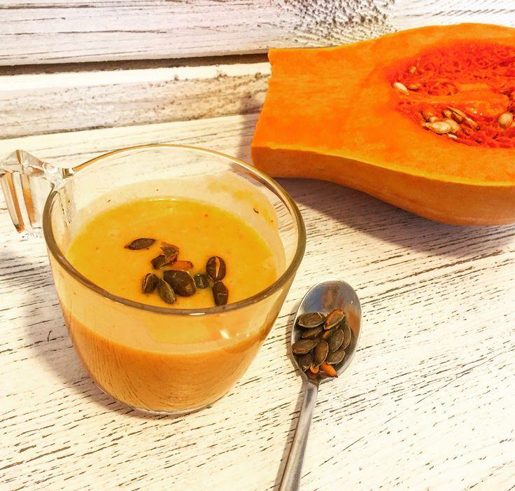 Sütőtök krémleves a hidegebb napokra egy kis meleg finomság! Három féle leves közül választhatsz: Sütőtök, spenót és szilva  #soup#hot#lunch