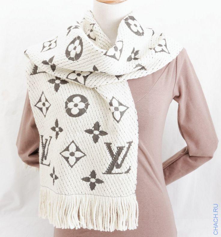 Шарф Louis Vuitton длинный теплый с крупными логотипами. Цвет белый