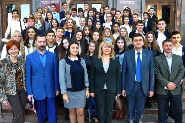 Лидеры школ и администрация - Тепляков Виктор