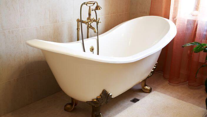 Met dit product hoef jij je badkuip nooit meer schoon te schrobben!