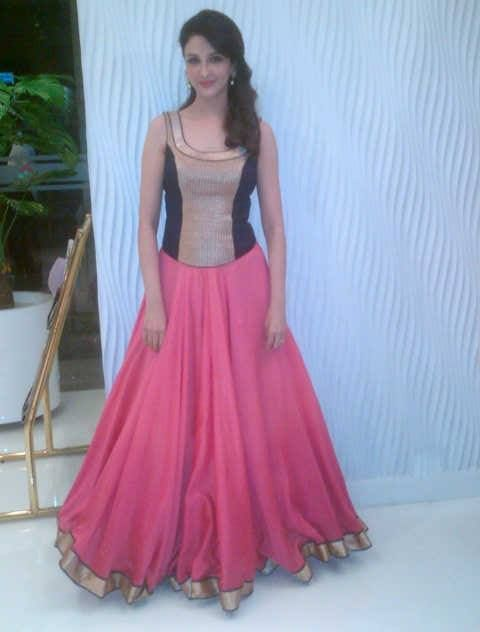 I love the shape of this.  Designer: Jade by Monica & Karishma