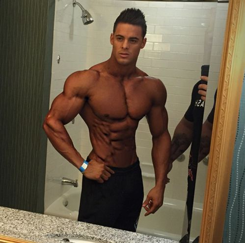"The ""God"" of men's physique ATM - Bodybuilding.com Forums"