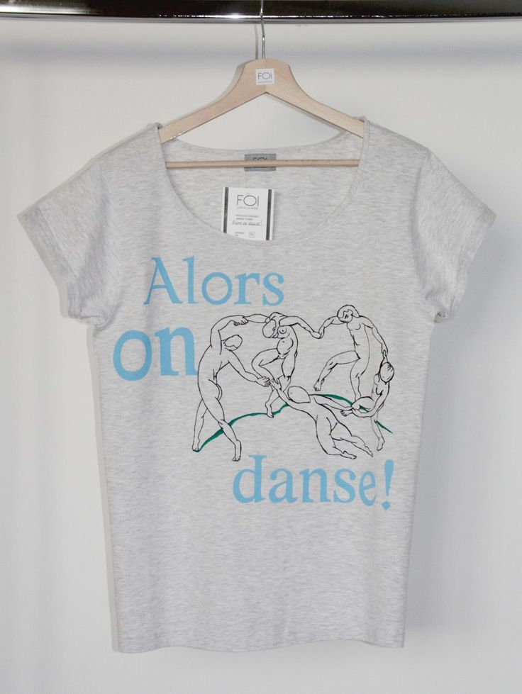 """A hand-painted t-shirt inspired by Henri Matisse's painting """"The dance"""" and Stromae's song """"Alors on danse"""" - L'art et la mode."""