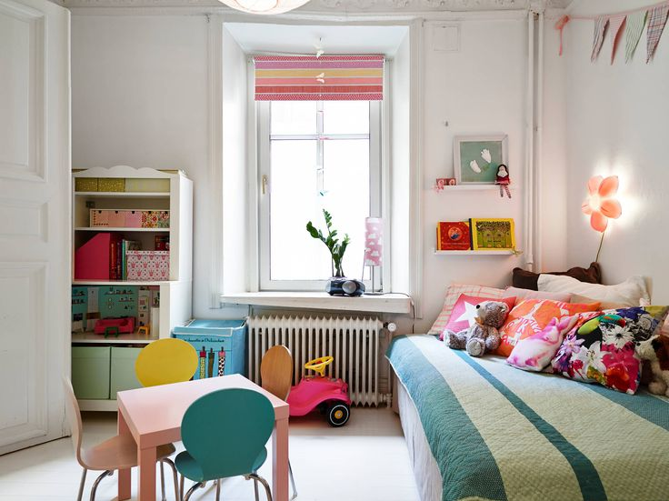 Love the brightness and eclectic vibe