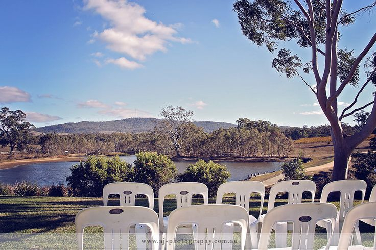 A perfect day at a beautiful location with awesome views and gorgeous late afternoon sunlight. Just a few advance edited photos from Mathew & Shona's wedding at Sutton Grange near Bendigo .... #wedding #weddingphotography #bendigoweddingphotographer #weddingphotographybendigo #bendigowedding #suttongrangewinery #suttongrangewedding
