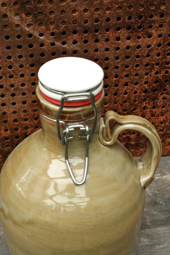 Pottery Beer Growler Handthrown 56 oz 'straw-poll