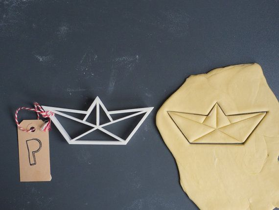 Origami boat cookie cutter 3D printed by Printmeneer on Etsy, €6.50