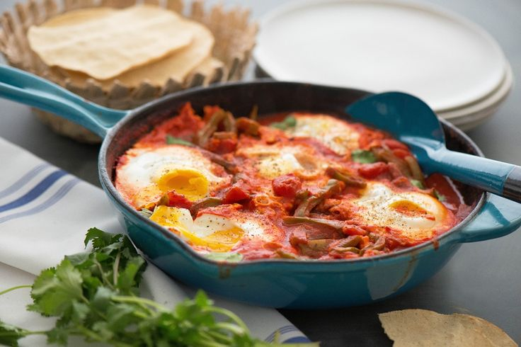 This Huevos Ahogados in Tomato and Guajillo Sauce with Cactus Strips is perfect for this weekend's brunch. Via @nibblesnfeasts