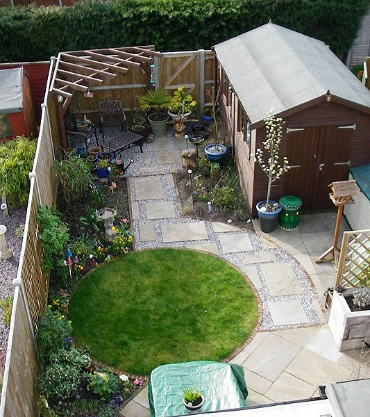 Small Garden Design that has it all; Pergola, Shed, Patio, Lawn and Flowerbeds!