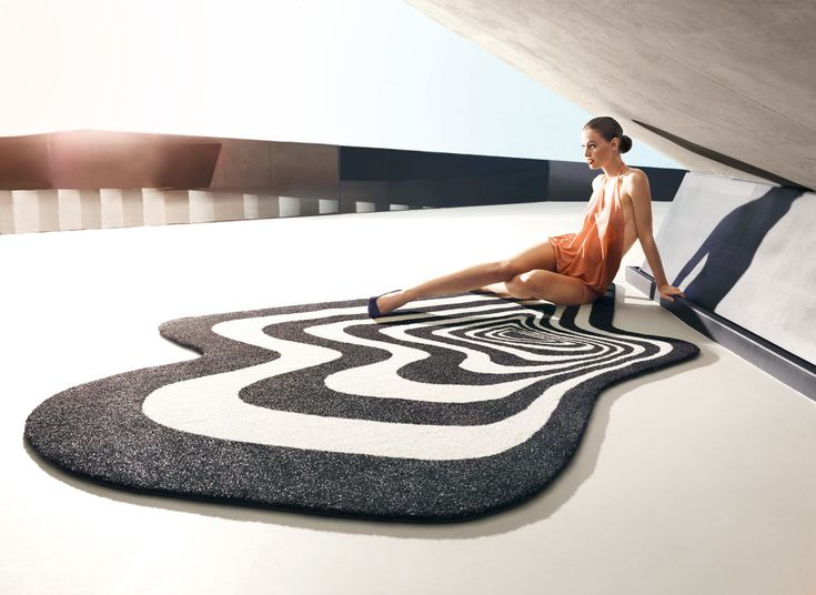 VONDOM's collection of modern, outdoor rugs expands via partnerships with various high profile designers, like Karim Rashid and Fabio Novembre.