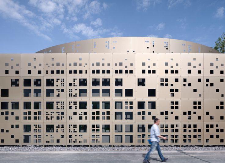 Laboratory and Office Building in Cologne / kister scheithauer gross | architekten und stadtplaner gmbH