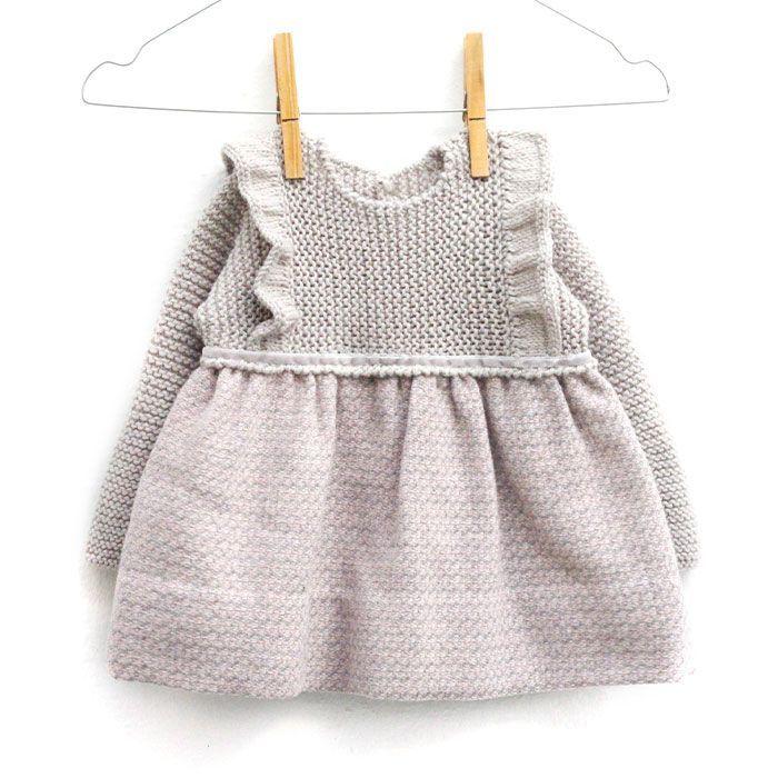 Aprende a Tejer el más Adorable Vestido de Punto y tela combinado para Bebé. Tutorial paso a paso con patrón Gratis ¡Entra y descubrelo! ¡Te vas a enamorar!