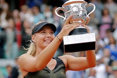 Maria Sharapova completes the Career Grand Slam with her win at Roland Garros