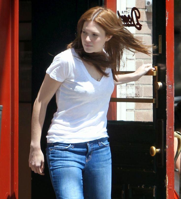 Mandy Moore pokies, braless tops & dresses   ELPIDA TV GREEK