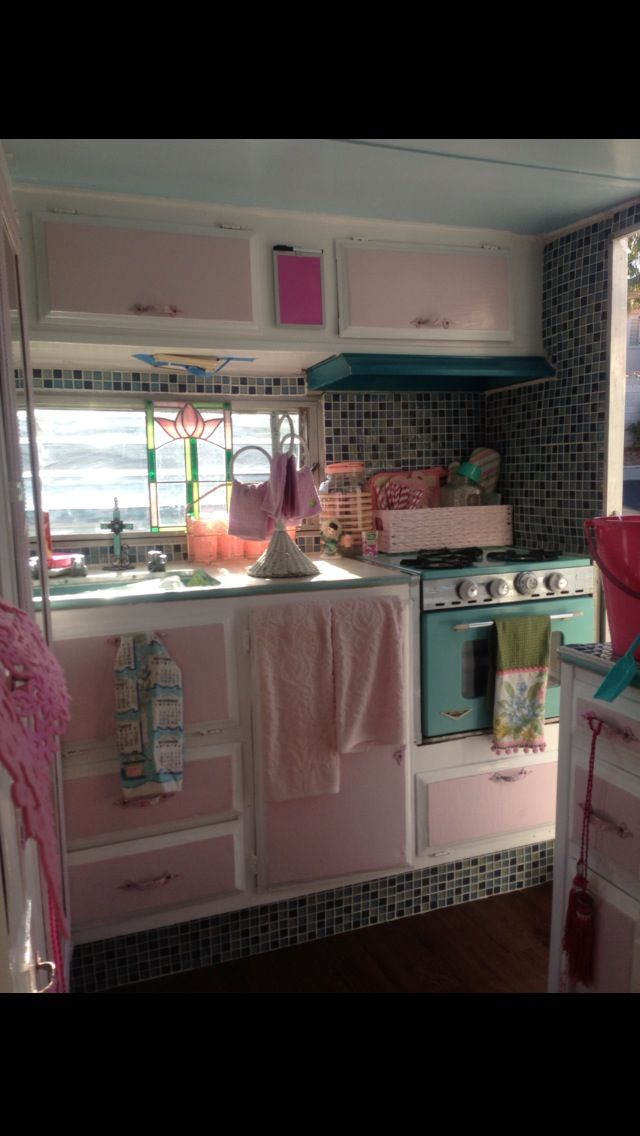 If my husband would let me do pink, I would totally put this in a camper!