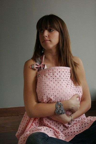 My FAVORITE breast feeding cover ever!! Wish I would've had this!