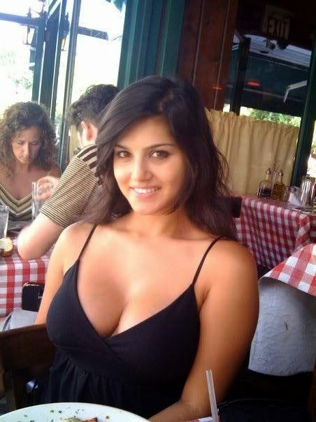 Actress Hot cleavage indian south