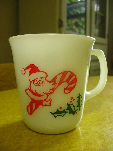 pyrex christmas mugs I need these!!!...i remember my folks having xmas mugs. wonder whatever happened to them