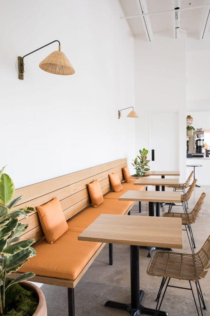 """Das Austin Eatery Hank's zeichnet sich durch """"minimalistische Wüstenmoderne"""" aus"""