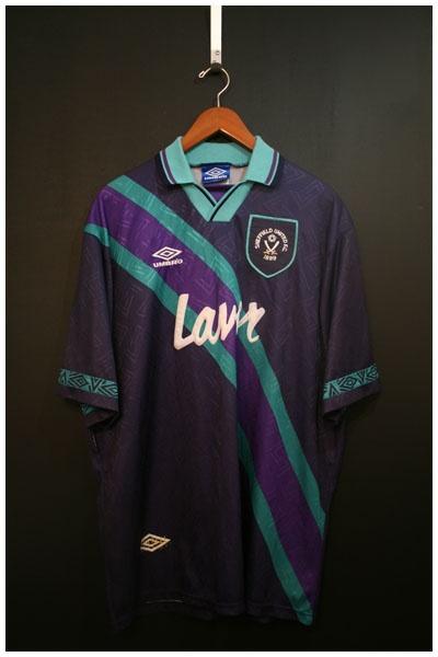 1993 to 1995 SHEFFIELD UNITED AWAY SHIRT, SIZE XXL, MATCH WORN [SHFU9395HXXL1001] - £49.99 : • Classic Football Shirts • Vintage Football Shirts • Retro Football Shirts • Old Football Shirts, | www.footballshirtboutique.com |