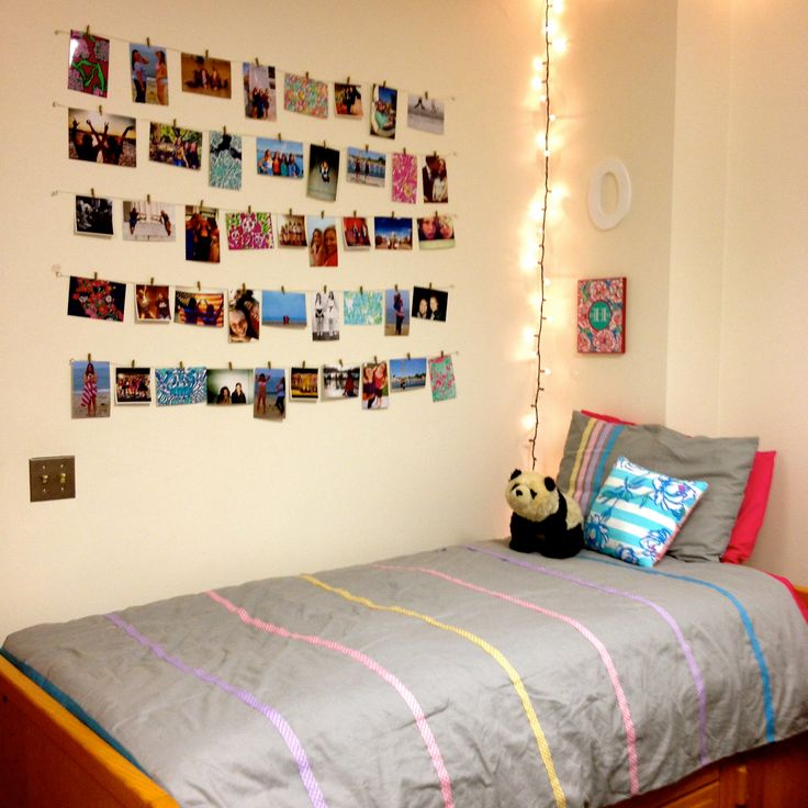 Pictures strung on wires. Homemade duvet covers and throw pillows. #Cute #Dorm #Pictures #Duvet #LillyPulitzer