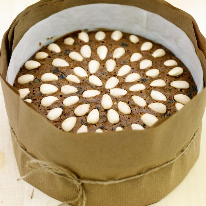 DELIA SMITH classic Xmas cake - The recipe I use!