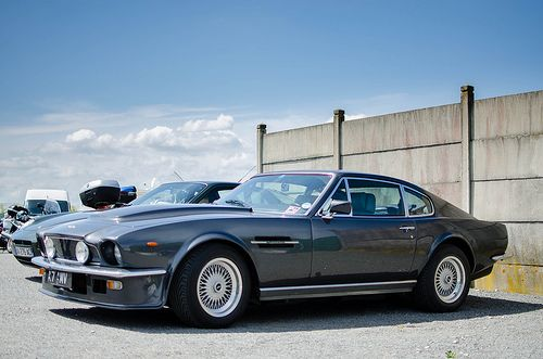 Aston Martin V8 Vantage (this one for mommy and the last one for you ™)