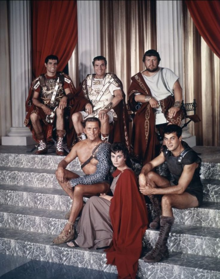 "John Gavin, Laurence Olivier, Peter Ustinov, Kirk Douglas, Jean Simmons and Tony Curtis in ""Spartacus"" directed by Stanley Kubrick (1960)"