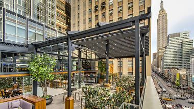 Rock & Reilly's - best rooftop bars NYC