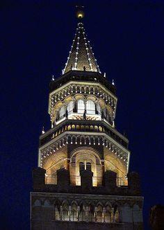 Cremona - Il campanile del Torrazzo  #TuscanyAgriturismoGiratola
