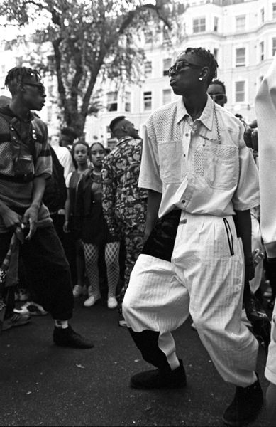 Notting Hill Carnival 1990-2010 | Ph: Giles Moberly | Colville Gardens 1994
