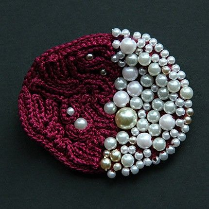 Etsy Transaction - Crochet brooch with pearls, ulani.