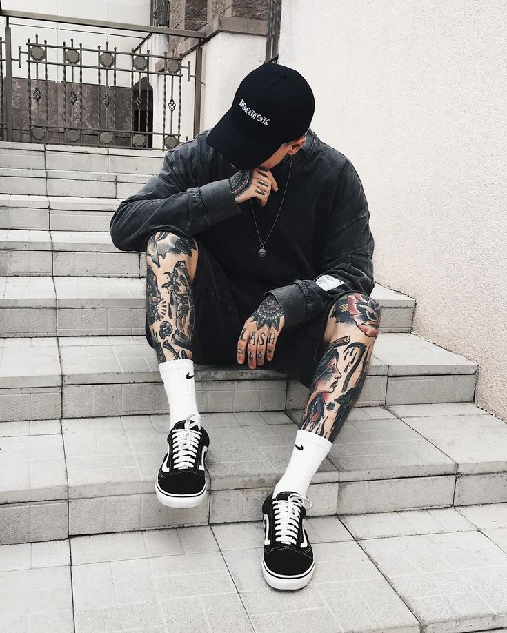 5,932 отметок «Нравится», 24 комментариев — IGOR TEPLIAKOV (@igortepliakov) в Instagram: «gray vibes #tattoo #tattoos #ink #traditionaltattoo #streetwear #streetstyle #inked #blackwork…»