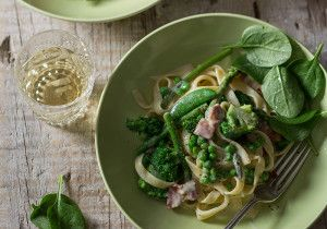 Asparagus, Broccoli and Cheese Pasta #Pasta #Winter #Recipe #SouthAfrica