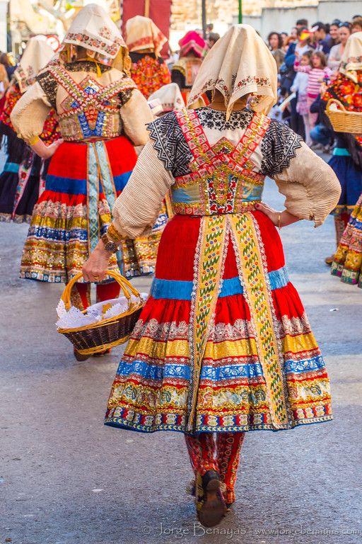 Amigas del traje de Lagartera-Mondas 2015