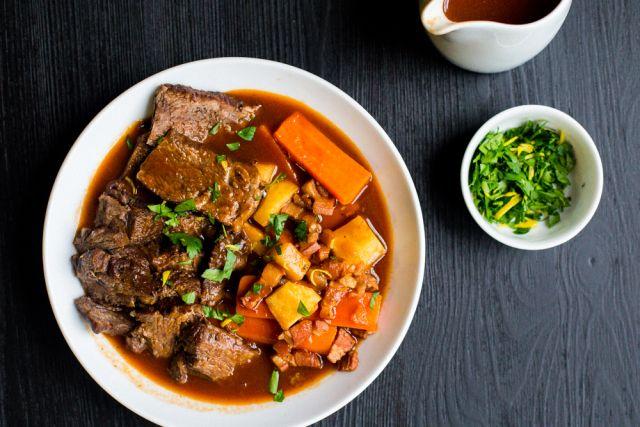Beef à la Mode (French Pot Roast) #paleo #glutenfree