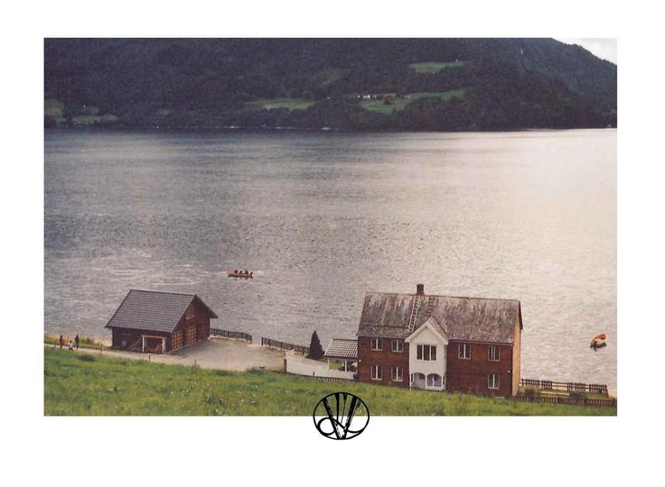http://1995viktory.wix.com/victoria-ars