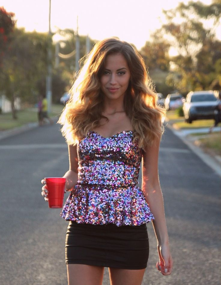 cute outfit. Sequins