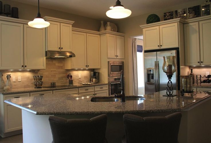 The Emerald Modelu0027s Open Kitchen And Family Room Make Entertaining Easy
