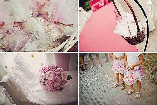 El ramo de flores, los zapatos, los vestidos de las damitas o incluso la ropa interior: sea cual sea el motivo que te ha inspirado, el 'click' del color rosa se ha colado entre tus notas, apuntes y recortes con las ideas para organizar para tu boda. Y es que hay pocas paletas de colores que resulten más románticas que ésta a la hora de vivir una boda de ensueño: imagina una Iglesia inundada de rosas Virginia con puntillas en color vainilla, donde los vestidos de las damas de honor hagan ...