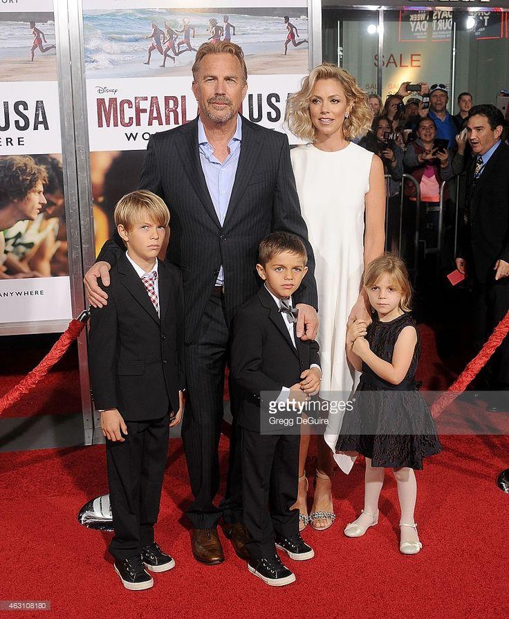 Kevin et son épouse actuelle Christine Baumgartner avec leurs enfants Hayes Logan, Cayden Wyatt  et Grace Avery