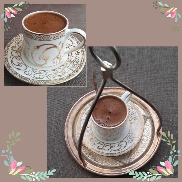 instagram: honeybdizayn  Kahve saati  #kahve #türkkahvesi #tepsi #gümüş #antepişi #porselen #fincan #kahvefincanı #yaldızlı #desenli #masa #masaörtüsü #candol #leketutmaz #istanbul #ankara #izmir #hatay #adana #gaziantep #bursa #eskişehir