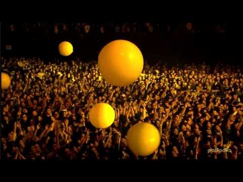 Coldplay Live - Yellow - In HD