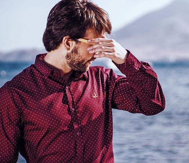 Colección Camisas de topitos rebajadas en la web! Disponibles en 4 colores : blanca azul burdeos y gris. Entra en  WWW.PIOCCA.COM  REGALA PIOCCA PARA EL DÍA DEL PADRE  #piocca #camisas #diadelpadre #rebajas #web #picofday #laisletadelmoro #almería #españa #marca #moda #regalos #diferentes #marcaslocales #diseño #lunares #ofertas #fotodeldia #padre #papá #invierno #2018