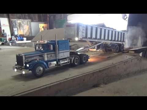 "RC Trucks (My ""new"" Kenworth first test) - YouTube"