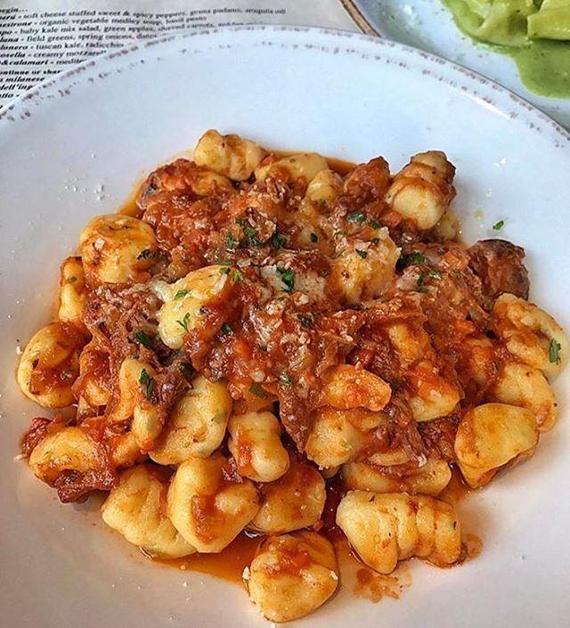 Ricotta gnocchi with braised oxtail and San Marzano tomatoes at @thefactorykitchen 🍝🍅 Yum! (📷: @foodie_ani) #zagat #zagatla # gnocchi #pasta #delicious #oxtail #fresh #dtla #la ⠀