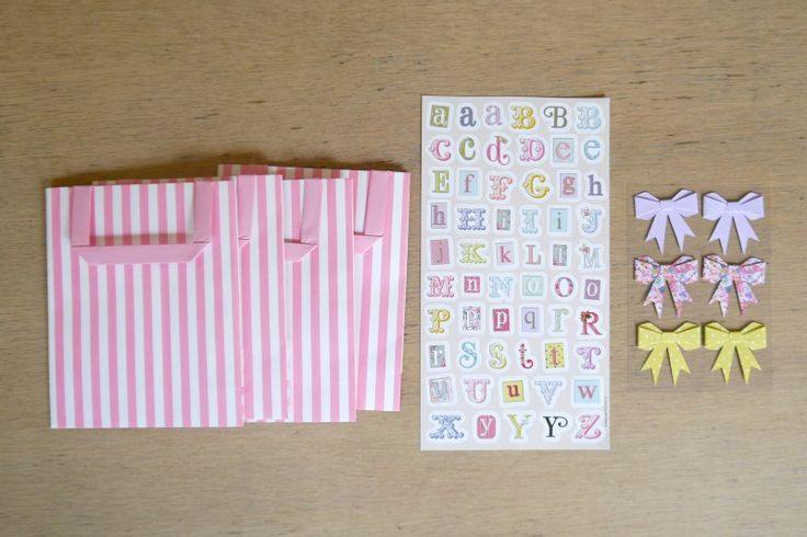 A step by step tutorial to create hen party bags. They are perfect for hen party gifts or survival kits.