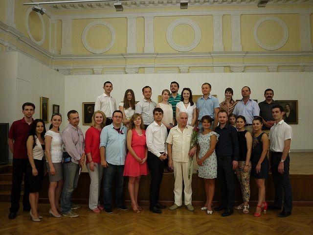 """Meeting with students. Eugen Doga – invitatul evenimentului """"Oameni Celebri"""" (9 august 2013)"""
